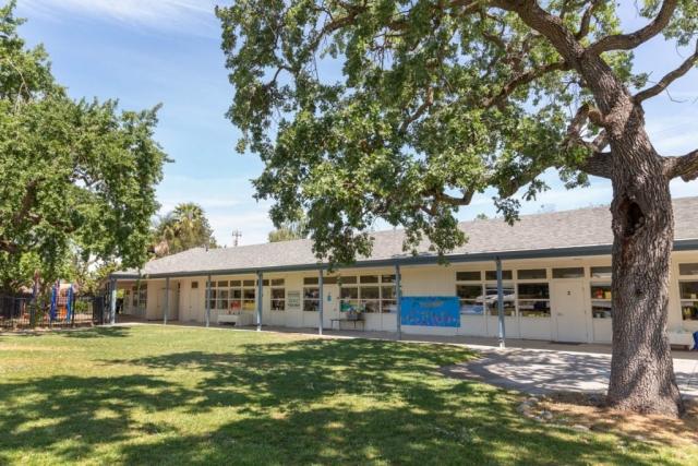 Request a tour at Trimont Montessori Schools Redwood City Campus (606) 366-9859